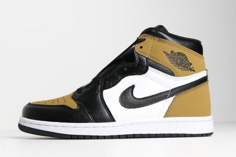 "2018 Air Jordan 1 Retro High OG ""Rookie of the Year"" Gold Harvest Black 555088-700 Shoes"