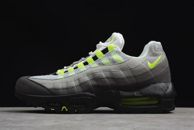 "2018 Mens Nike Air Max 95 OG ""Neon"" 554970-071 Running Shoes"