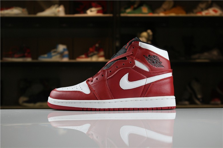 "Air Jordan 1 Mid ""Chicago"" Gym Red White 554724-605"