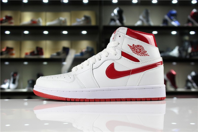 "Air Jordan 1 Retro High OG ""Metallic Red"" White Varsity Red 555088-103"