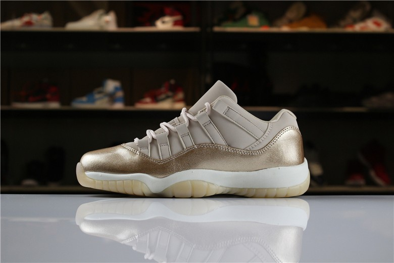 "2018 Air Jordan 11 Low ""Rose Gold"" AH7860-105"