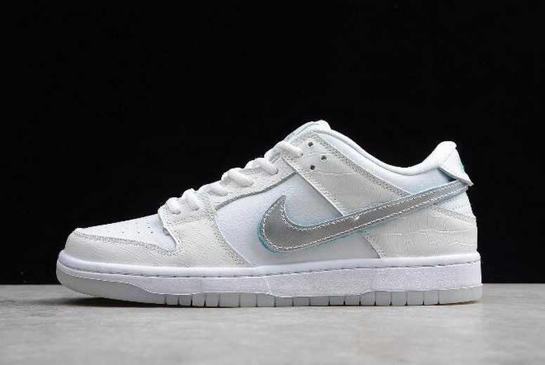 Diamond Supply Co x Nike SB Dunk Low Pro OG QS Diamond White BV1310-100 Shoes